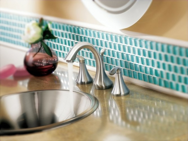 Changing bathroom faucet gaskets