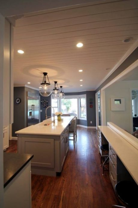 White and Gray Tones Kitchen