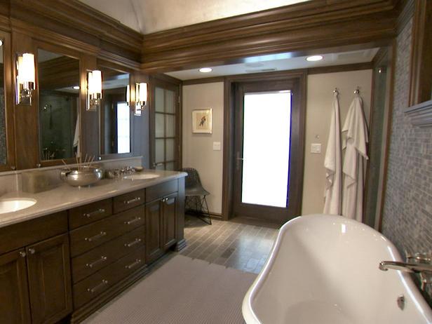Brown Bathroom and Tub