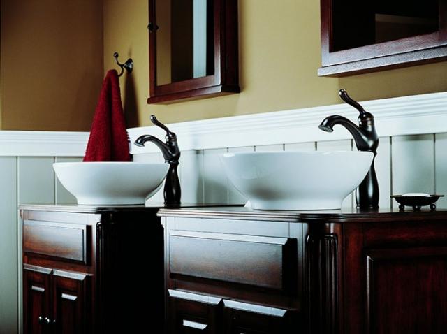 Delta Leland Single Handlew Riser Lavatory Faucetin Venetian.preview