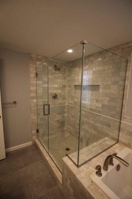 Carrera White Master Bathroom